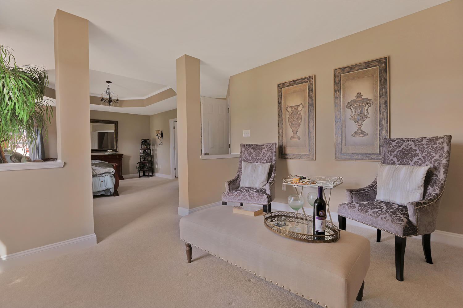 15200 Willow Hill Ln-large-024-53-Master Bedroom Sitting ...